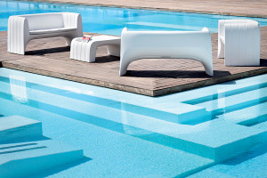 Catalog_Product_36_21ST_Groove_Armchair-Sofa-Coffeetable_outdoor_02
