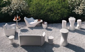 contemporary-table-polyethylene-garden-round-4780-5942611